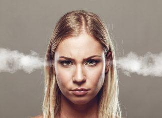 النظام الغذائي للتخفيف من أعراض متلازمة ما قبل الحيض (Premenstrual Syndrome)